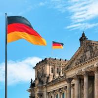 Flagge und Reichstag
